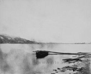 Вид з Дніпра на набережну