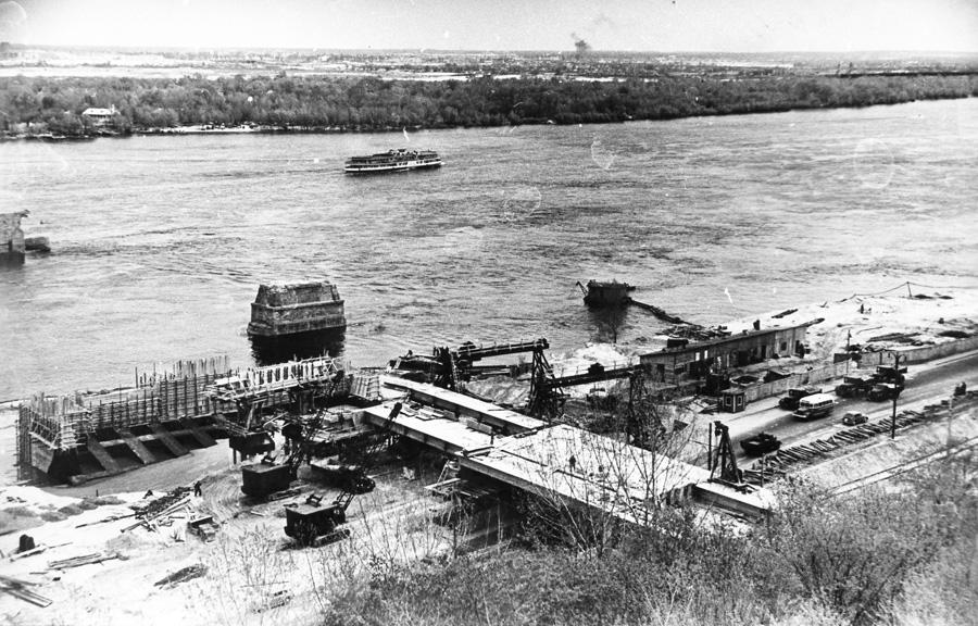 будівництво моста метро